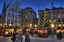 Christmas Market in Old Town (5285604343).jpg
